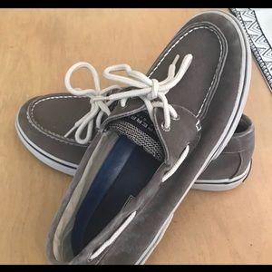 Men's New distressed grey boat shoe